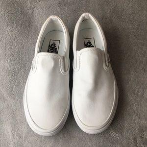 🌸Vans Women's Classic Slip On White. Sneaker 🌸